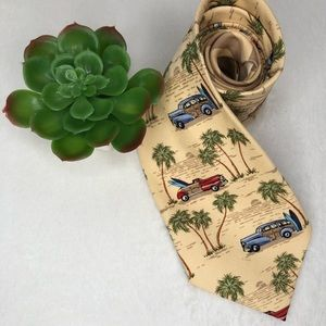🍕Tommy Bahama Woody Print Tie